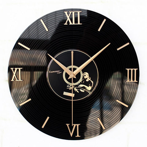 VINTAGE WALL CLOCK VINYL EFFECT