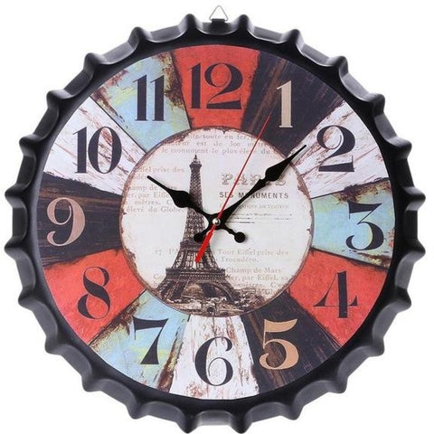 VINTAGE WALL CLOCK BEER CAPSULE