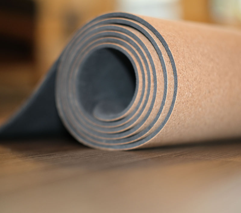 cork-yoga-mat-yogi-raw