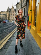 Load image into Gallery viewer, Black Floral Midi Dress