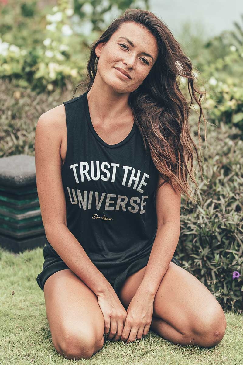 EDEN ASHRAM Trust The Universe Scoop Muscle Tank