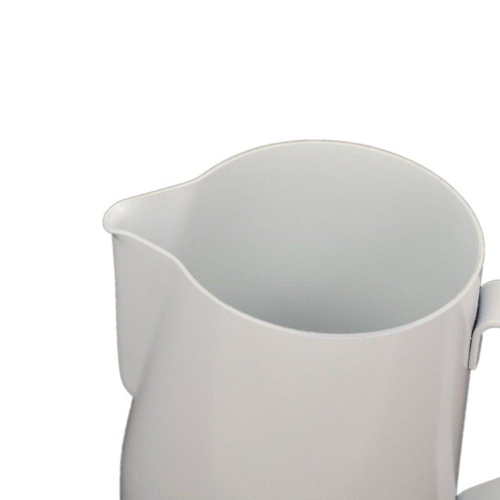 Rhino Stealth Milk Pitcher 600ml/ 20oz - White