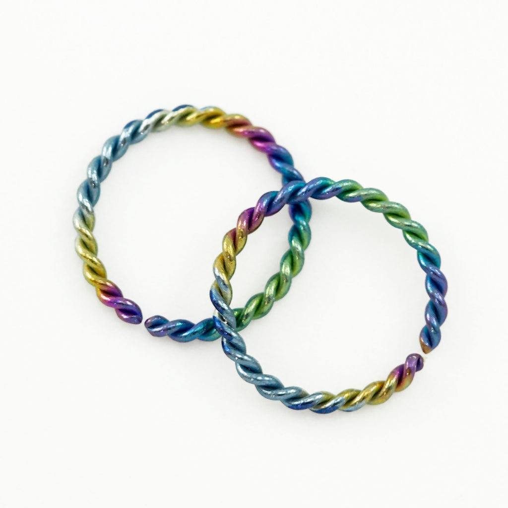 1 Simple Twisted Niobium Hoop Earring - 18 gauge 12mm OD - 21 Colors to Select From