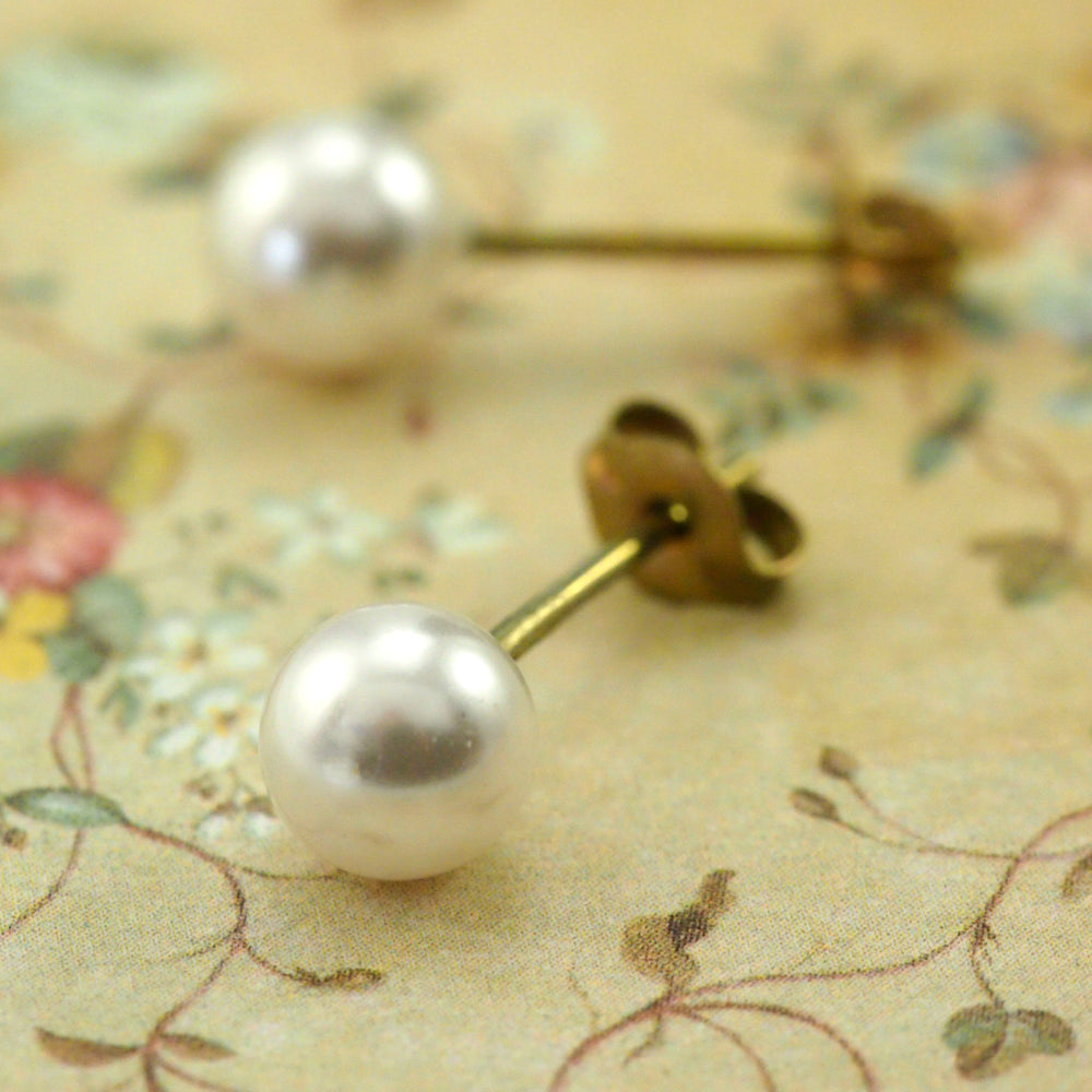 6mm Pearl Earrings in Niobium - Hypo Allergenic Studs