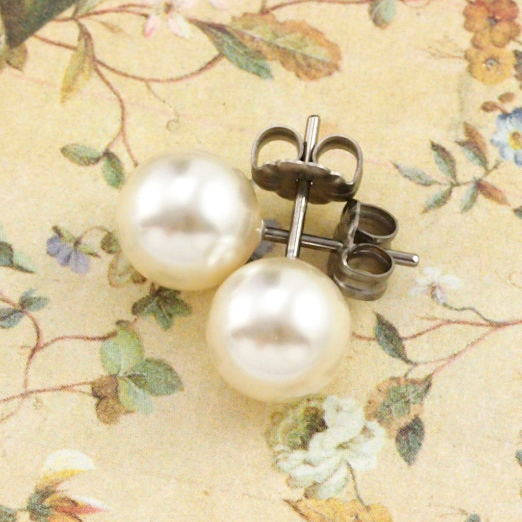 8mm Pearl Earrings in Niobium - Hypo Allergenic Studs