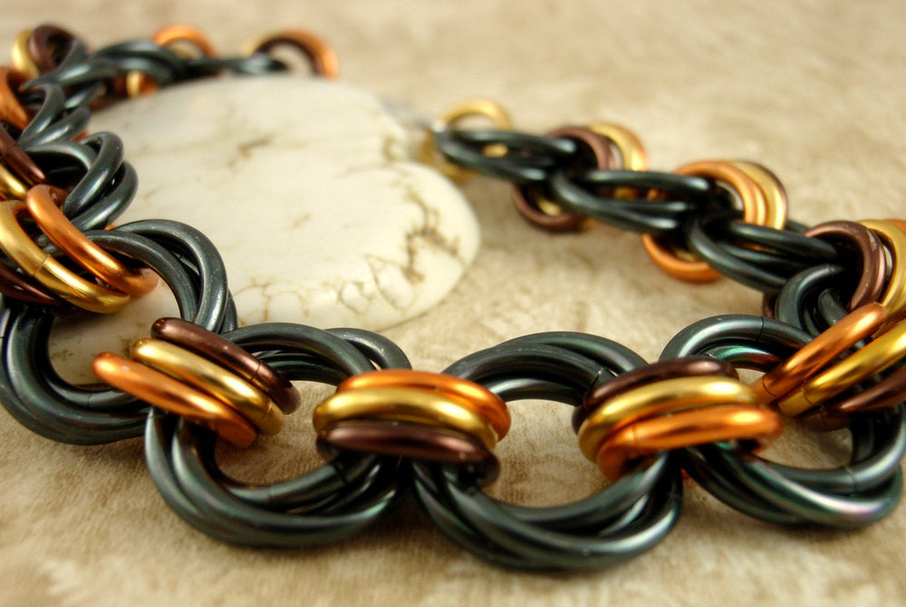 Uber Linked Loops II Chainmaille Bracelet Kit in Dramatic or Holiday Mix - Beginners or Beyond