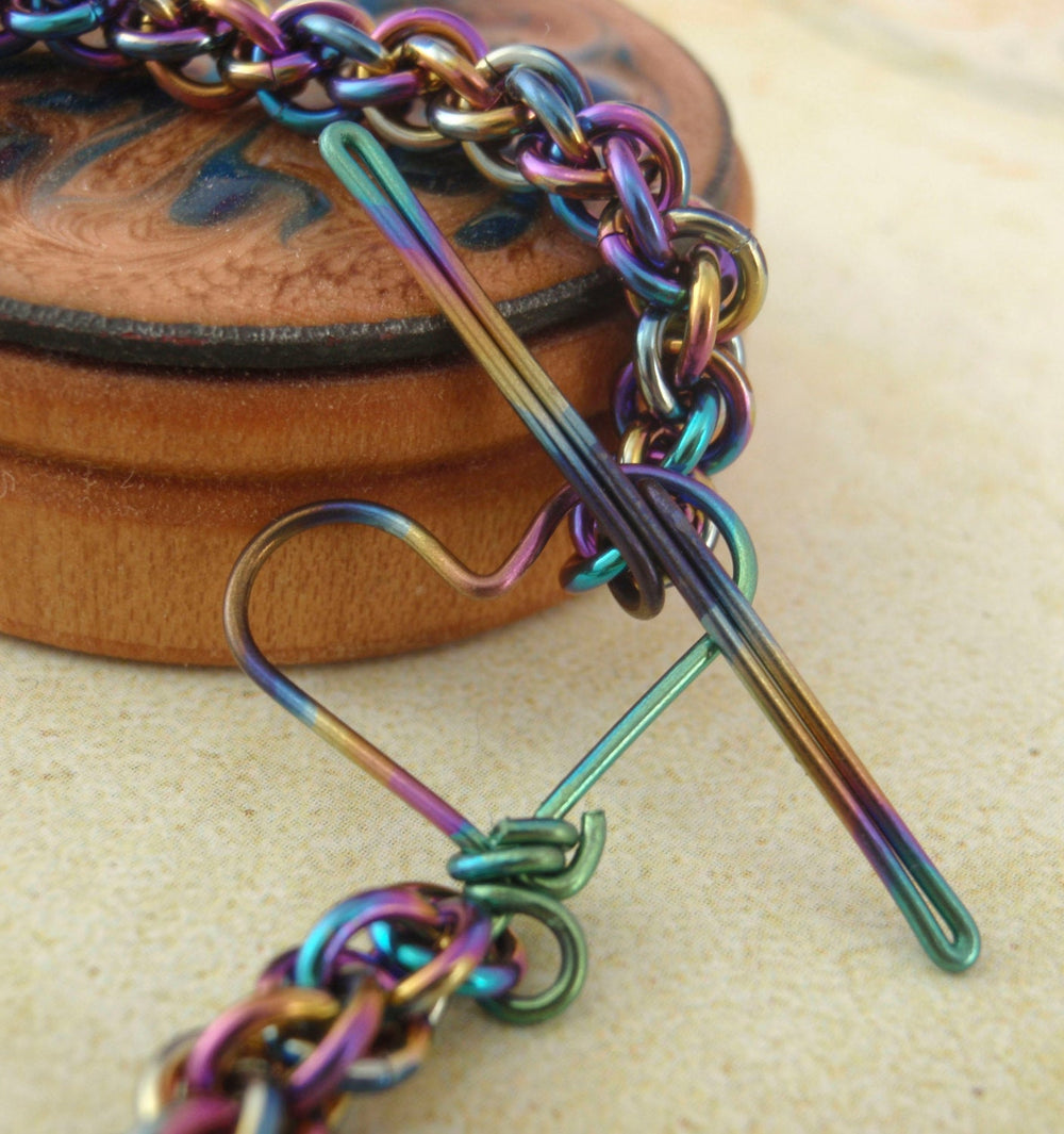 Peacock Niobium Bracelet Kit or Ready Made - Rainbow Jens Pind Hypoallergenic - Petite 20 gauge Chainmaille