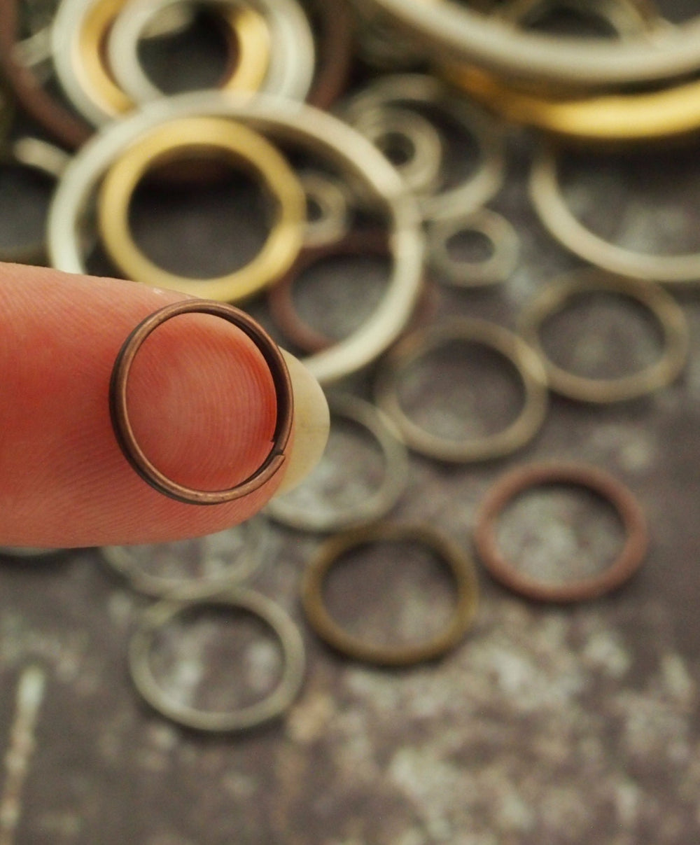25 Antique Plated Brass Split Rings - 28mm OD - Antique Copper, Antique Brass or Gunmetal