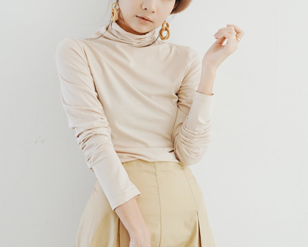 High neck long sleeves in almond