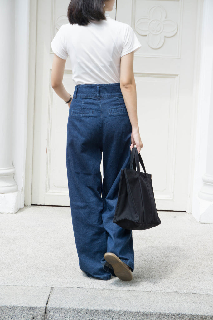 High waist wide leg denim jeans in dark blue