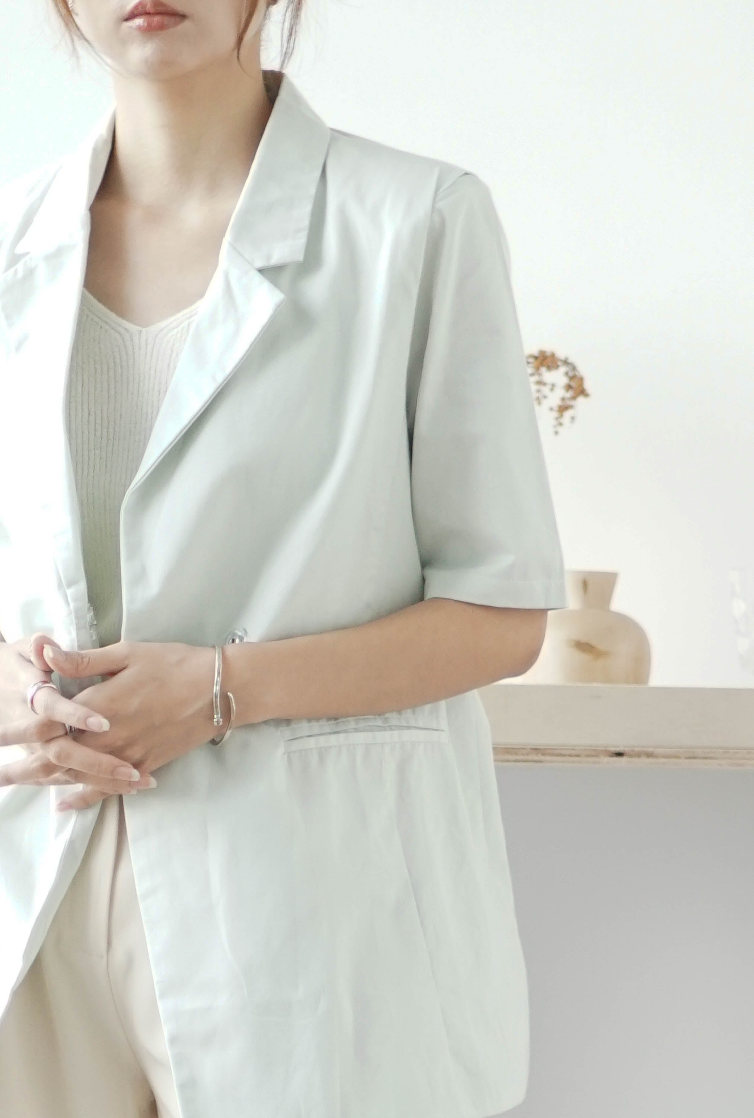 Blazer with short sleeves in mint green