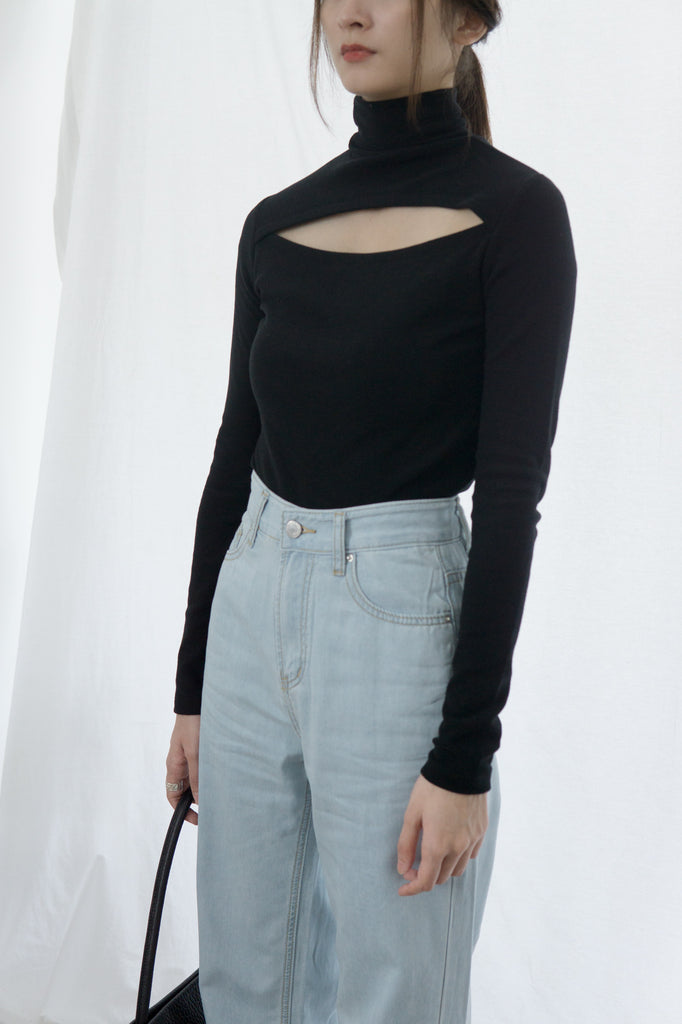 Hollow open back two-wear solid color turtleneck bottoming shirt