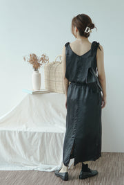 High-waist thin solid color skirt A-line skirt in classic black