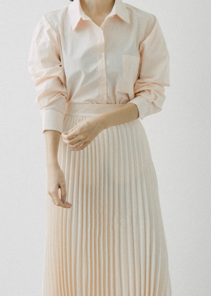 Loose long-sleeved shirt top in champagne color