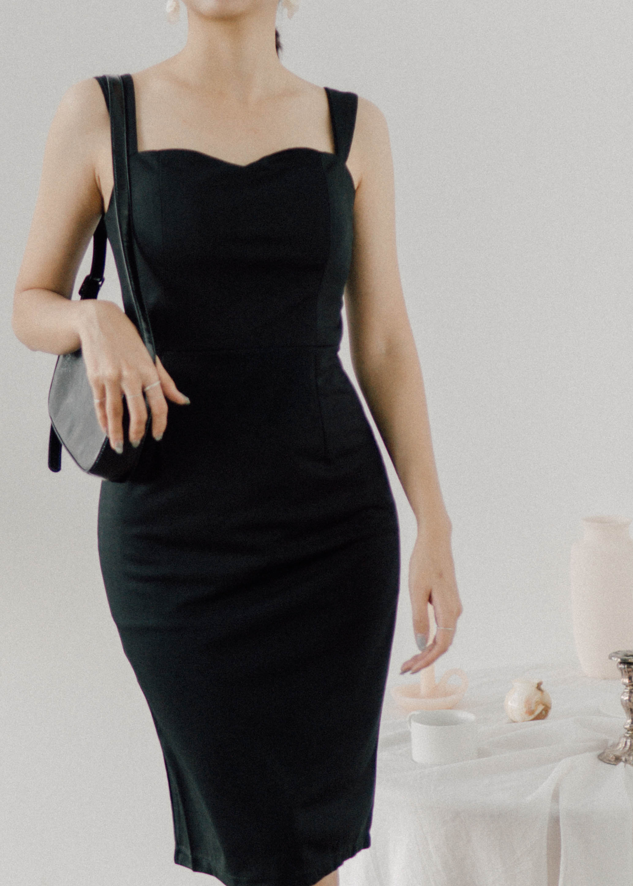 Monroe short dress in classic black