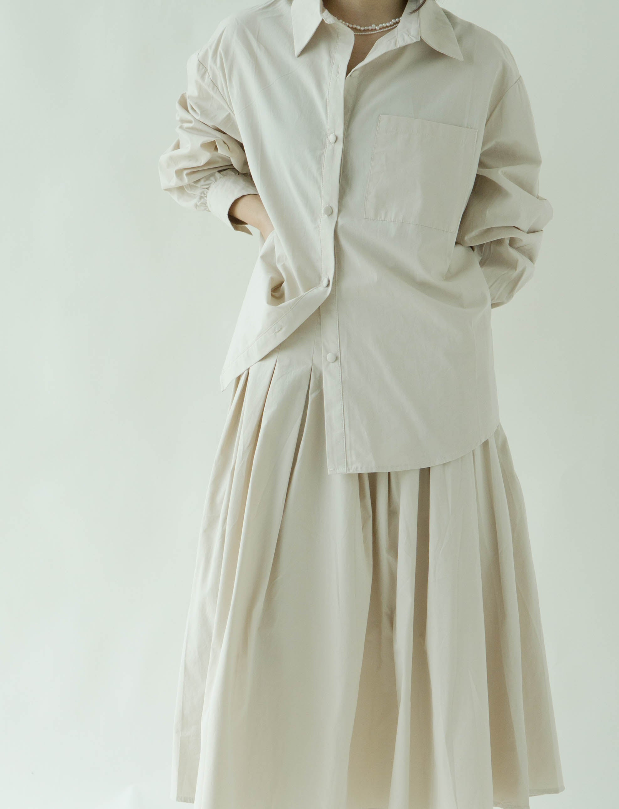 Lapel long sleeve shirt + high waist pleated skirt