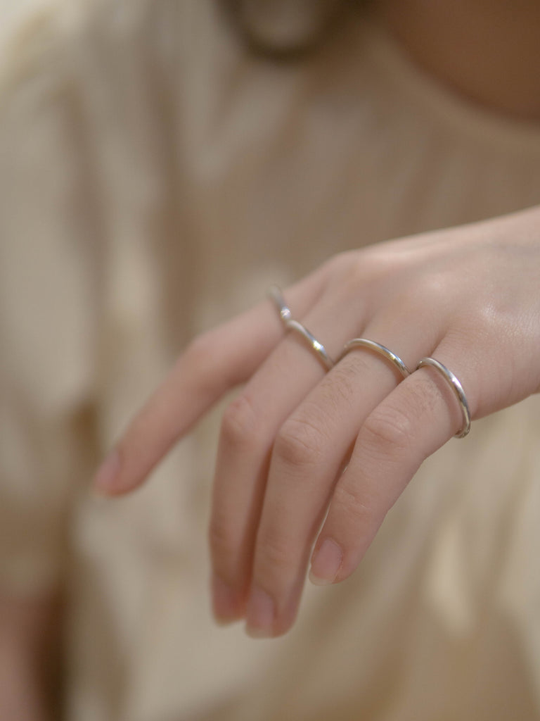 Simple line thin ring (2mm)