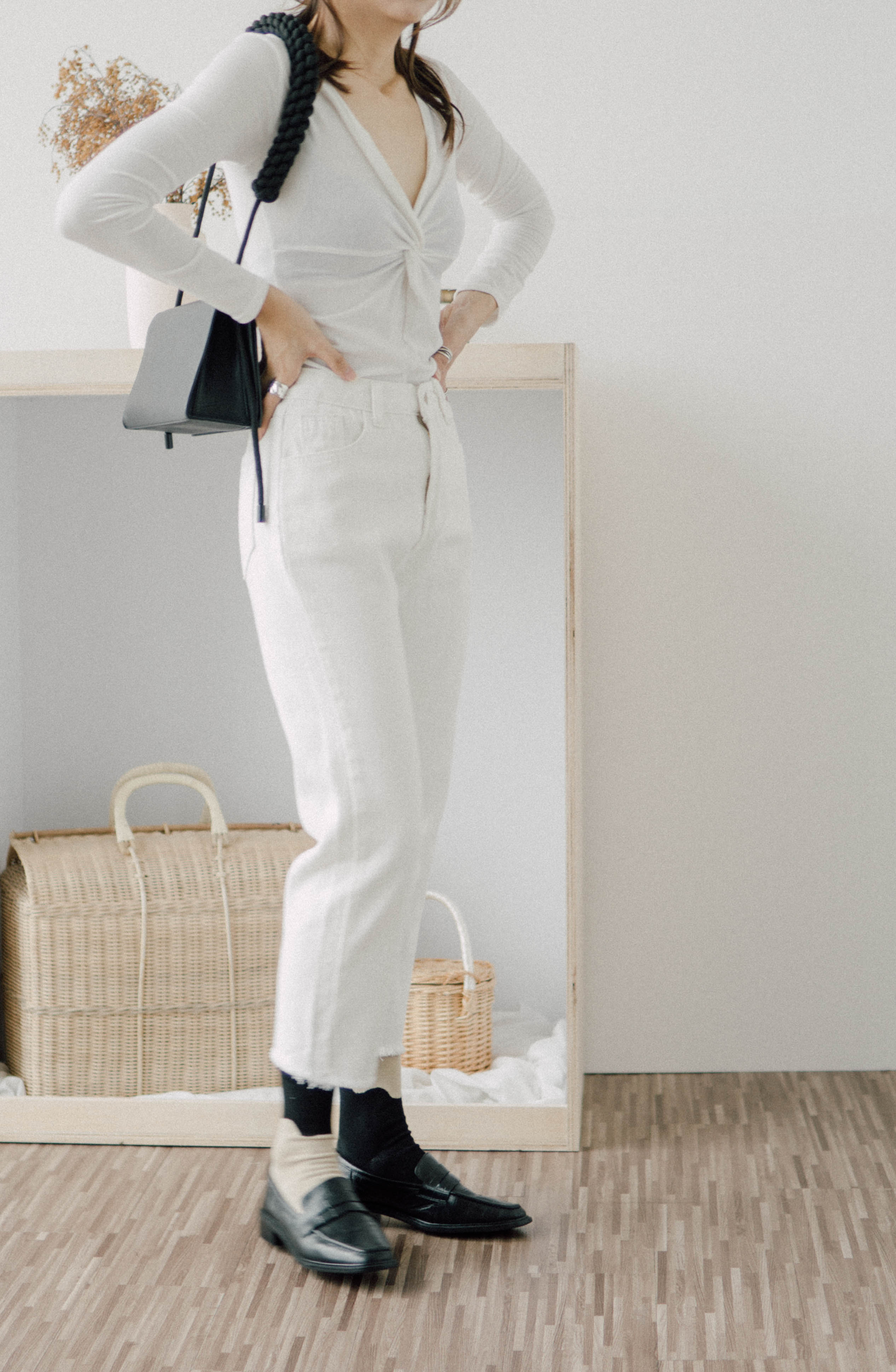 Cropped high-rise straight-leg pants in cream white
