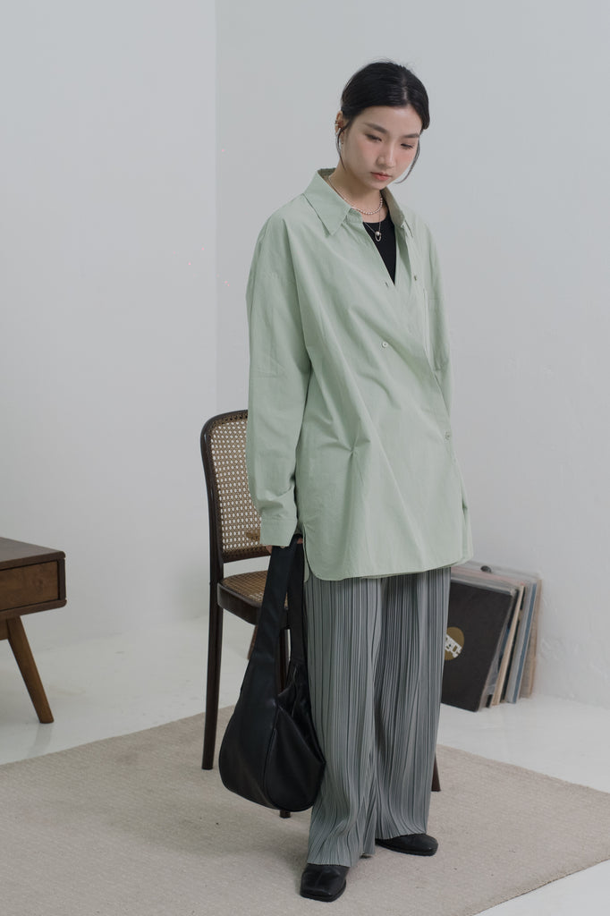 Medium-length temperament shirt in mint green