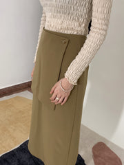 Stitch high-waisted skirts in khaki