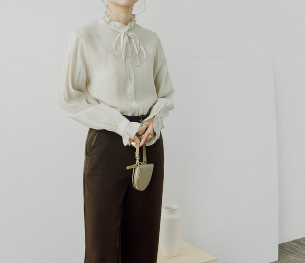 High-waist skinny pants with split legs and wide-leg pants in red brown