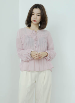 Round neck pleated thin long-sleeved top in pink