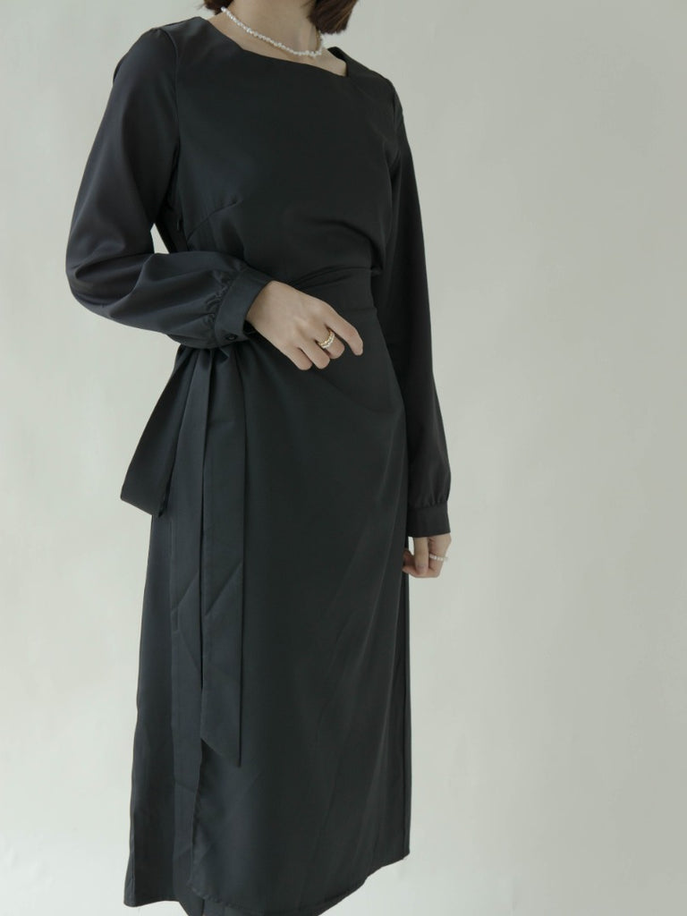 Long sleeved dress with square neck puff sleeves in classic black