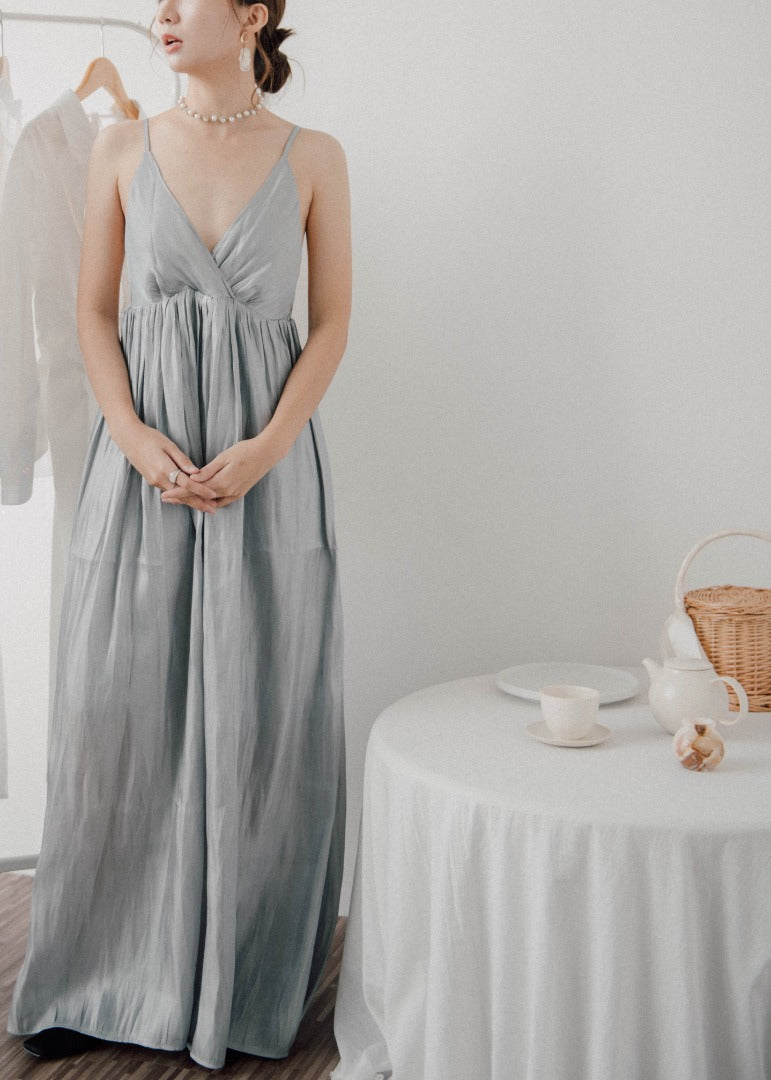 Extra Long Temperament Dress in grey