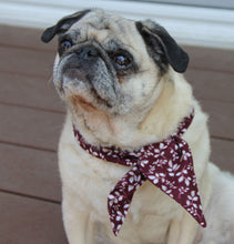 Load image into Gallery viewer, Beautiful Dark Red Velvet Leave Print Neckerchief