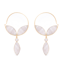 Load image into Gallery viewer, Alhya Earrings Mother Pearl