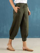 Load image into Gallery viewer, Lenoro Pintuck Pant Green