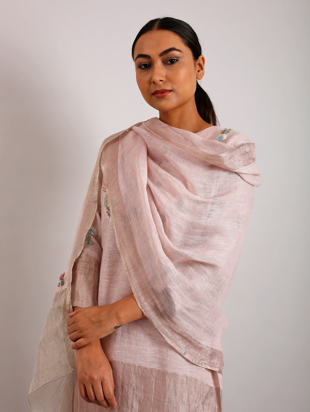 Bette Hand-Embroidered Floral Metallic Linen Dupatta- Blush