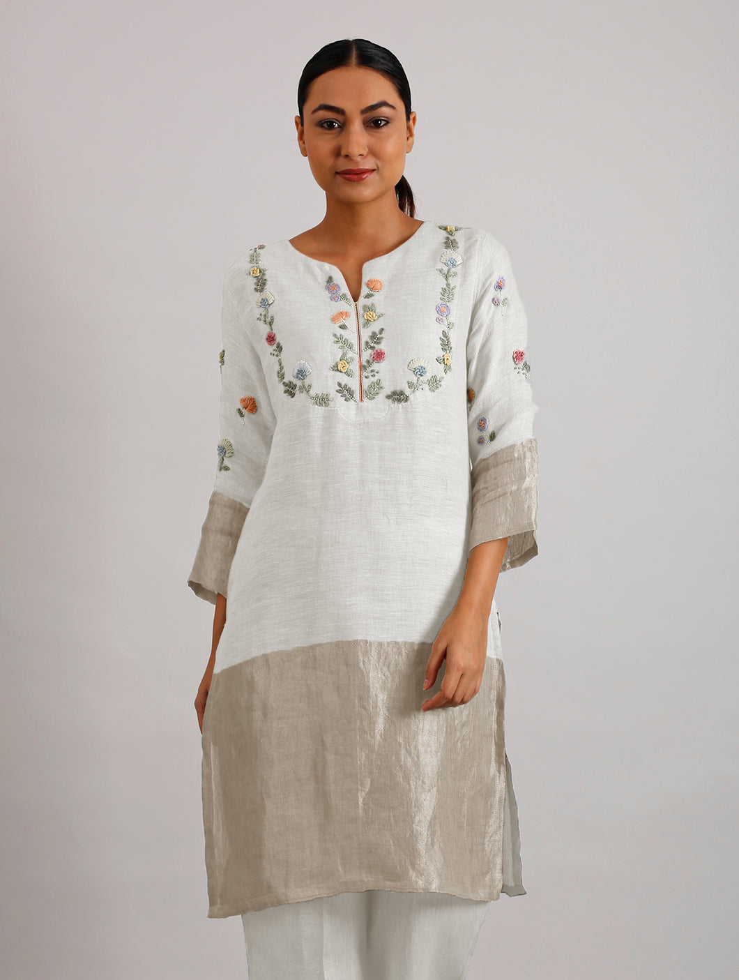 Celia Hand Embroidered Metallic Linen Kurta- Ivory