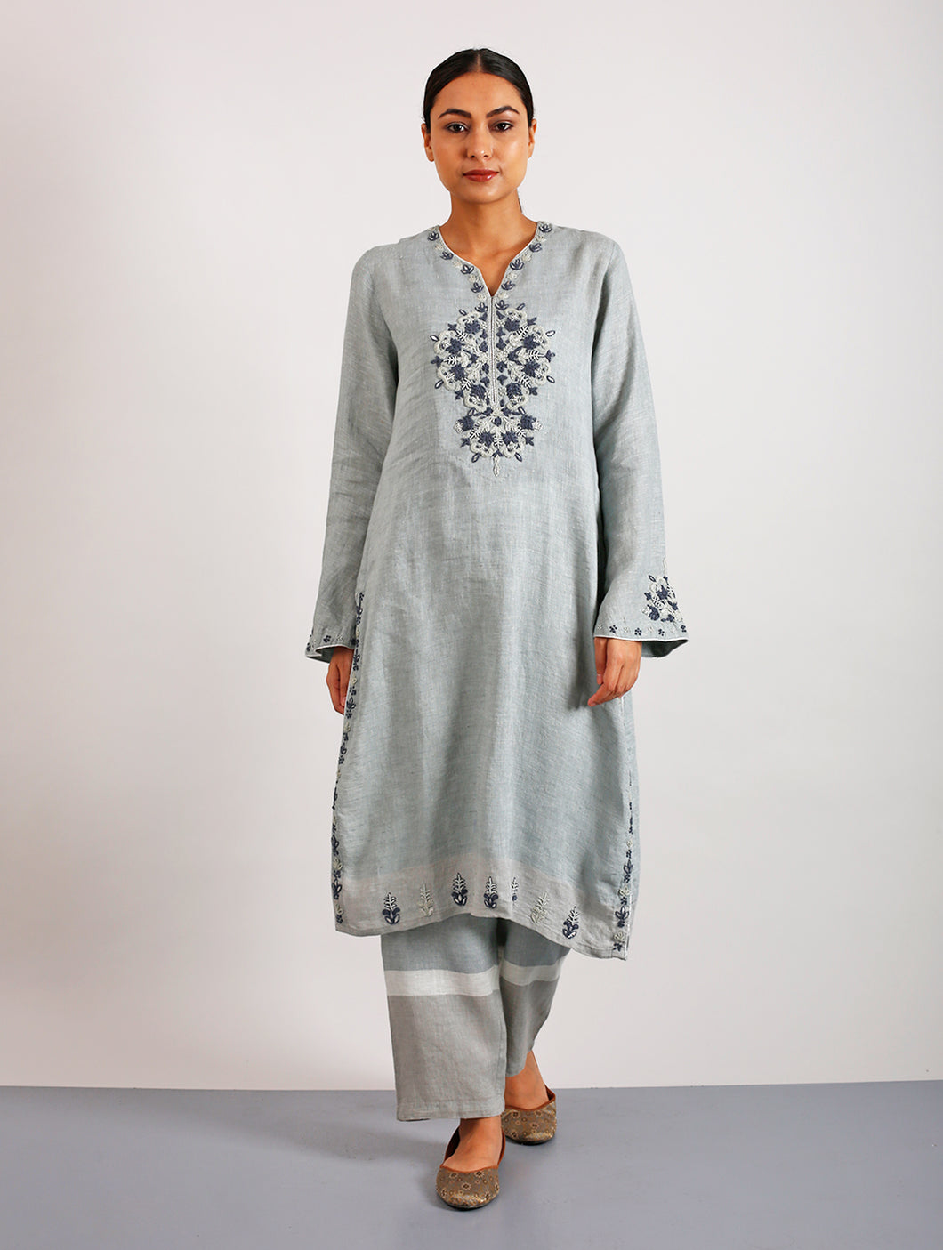 Kanok Hand-Embroidered Classic Linen Kurta with Pants