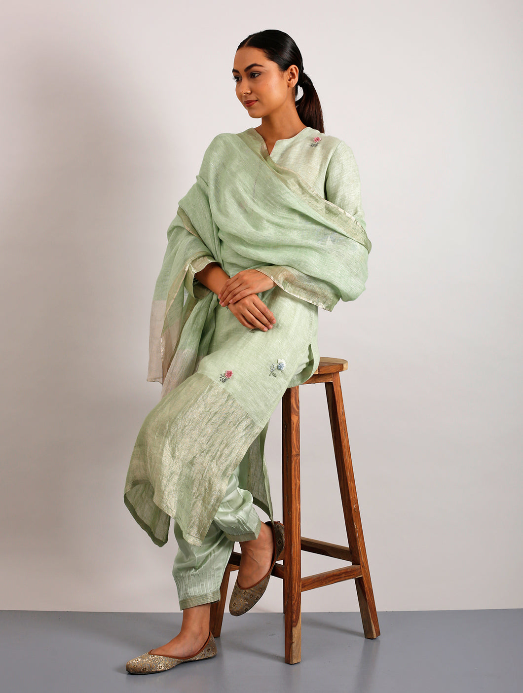 Emile Metallic Linen Hand-Embroidered Kurta Set With Pants And Dupatta- Lime