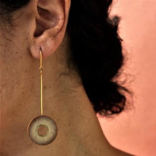 Load image into Gallery viewer, Muskaan Gold Low Disk Earring