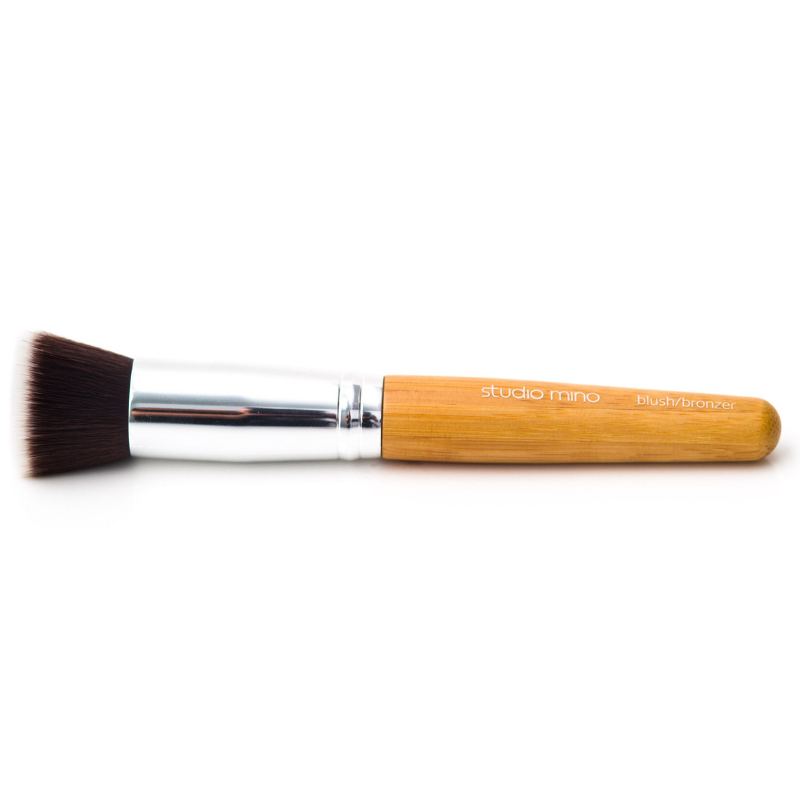 vegan blush/bronzer brush