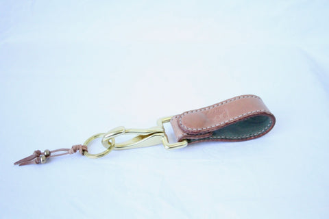 Unglazed Natural Shell Cordovan Key Clip