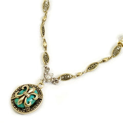Sweet Romance Orleans Window Necklace