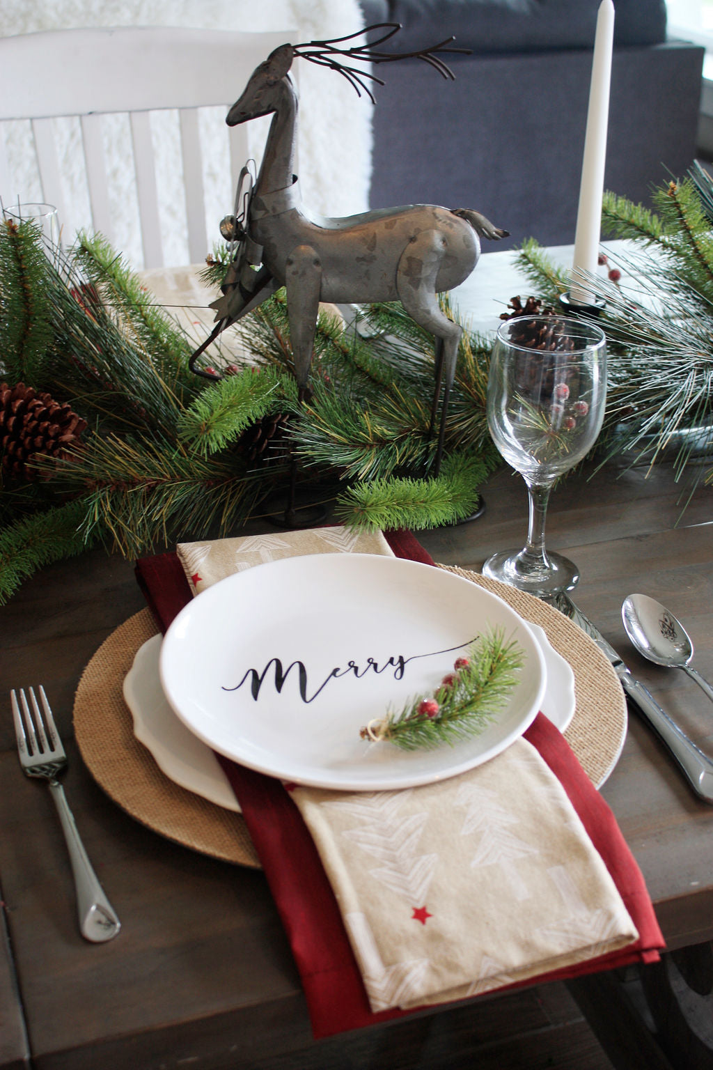 4-Set Holiday Plates