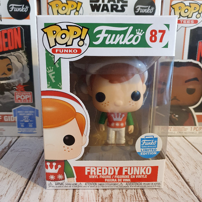 Xmas Freddy Funko Shop exclusive Funko Pop (Not Mint)