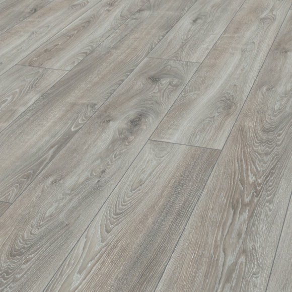 Mammut Plus Wide Long Plank Highland Oak Silver 10mm Laminate Flooring