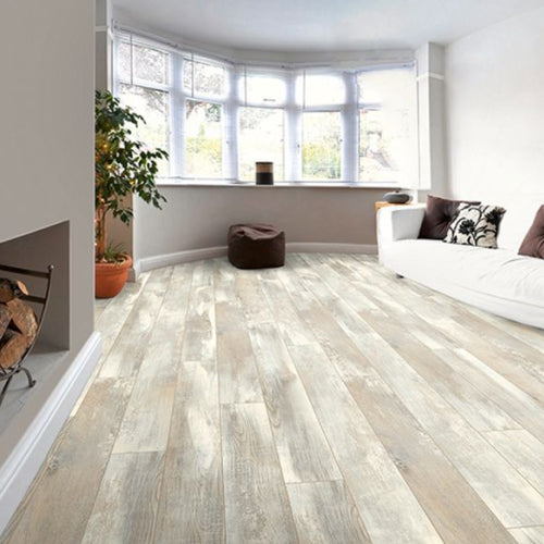 Dynamic Plus Plank Oak Chatal 8mm Laminate Flooring