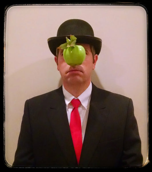 https://www.mattcutts.com/blog/halloween-costume-rene-magritte/