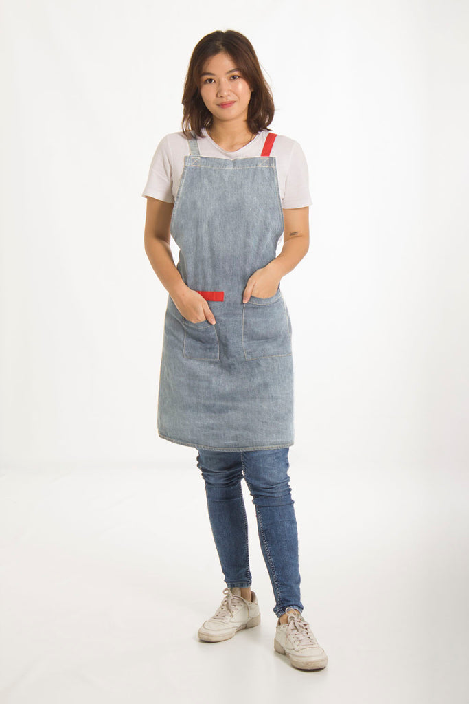 Apron Opal Light Wash