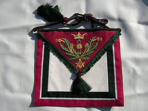 ROYAL ORDER OF SCOTLAND DEPUTY GRAND MASTER APRON - Regalialodge