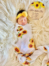Printed sunflower baby announcement plaque
