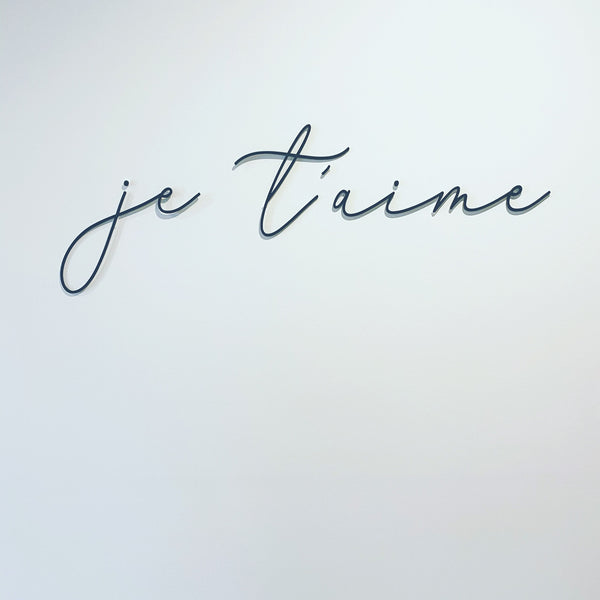 """je t'aime"" quote in script writing"
