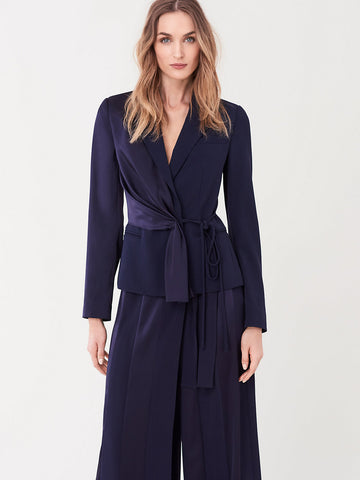 Lucina Stretch-crepe Belted Blazer in Navy