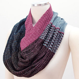 Gradiently Inclined Cowl by Carla Cuadros